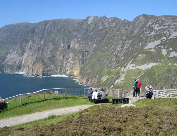 Visitors at Sliabh Liag